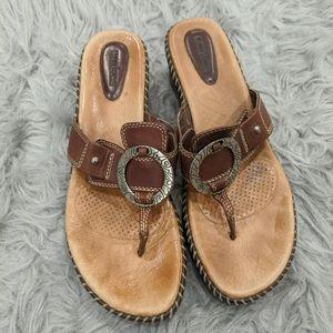 Womena Minnetonka sandals